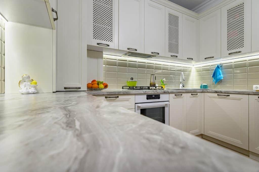 שיש למטבח בתל-אביב המלצה